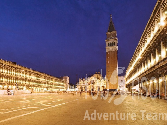 612-piazza-san-marco-at-night-venice-italy-640x480-.jpg